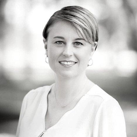 Headshot of Kim Lipari, CEO of Valet